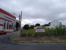 Terreno de esquina 750m2 - Frente com o hosp Medina - Poá/SP