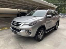 Toyota Hilux SW4 SRX Diesel 4x4 2.8 - 2016