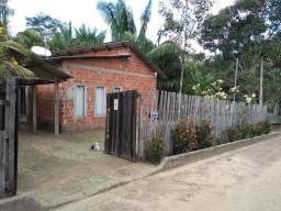 Vendo Casa Mobiliada com Amplo Terreno