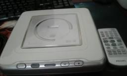 DVD Philips e DVD semp Toshiba , 60 reais cada um.