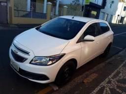 Carro Chevrolet onix - 2013