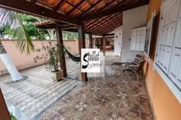 Excelente casa com 4 quartos bem localizada no bairro Costazul