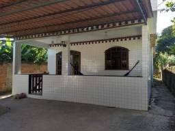Casa 3 quartos Guaratiba, toda no porcelanato com ótimo quintal.