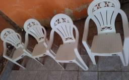 Conjunto Cadeira poltrona plástica