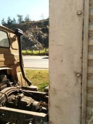 Caminhão Fiat bau