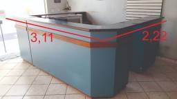 Balcão Madeira Maciça em 4 módulos isolados. Vendo completo ou isolados