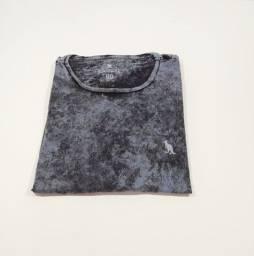 Camisas polo e camisetas originais