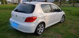 Vendo Peugeot 307 estado de novo.