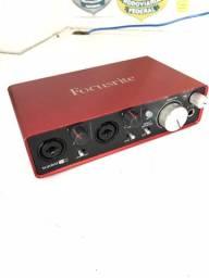 Interface De Aúdio Focusrite (placa de áudio) 2i2 2 Geração