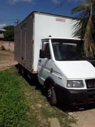 Caminhão baú 2007 aceita troca em caminhonete