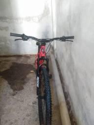 Vende-se uma bicicleta aro 29 nova
