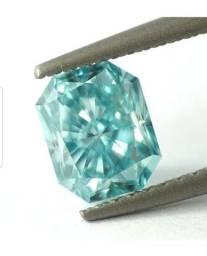 Diamante azul esverdeado vivodo, pesando 1,37ct  $ 31.508,00 reias
