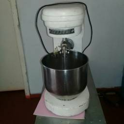 Batedeira industrial SIRI 12 litros