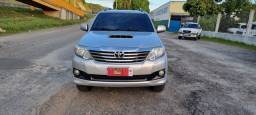 TOYOTA Hilux SRV Sw4 ano 2015 TURBO DIESEL 7 lugares 4x4 top