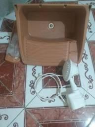 Pia tanque + chuveiro elétrico