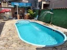 Casa com piscina, aceita financiamento direto (m)