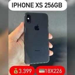 iPhone XS 256gb, aceitamos seu iPhone usado como parte do pagamento.