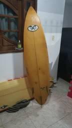 Prancha de Surf 6.8 em ótimo estado