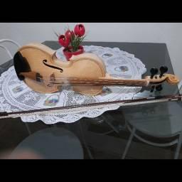 Vende-se violino artesanal profissional
