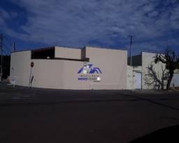 Casa a venda em Araçatuba com 4 dorms e 2 vagas