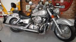 Shadow 750 Super Conservada
