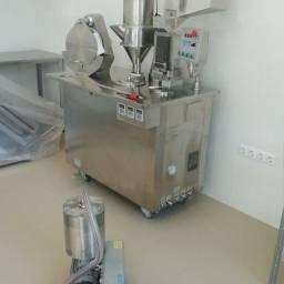Encapsuladora semi-automatica CGN-208