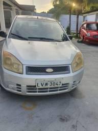 Ford Fiesta Sedan Quitado