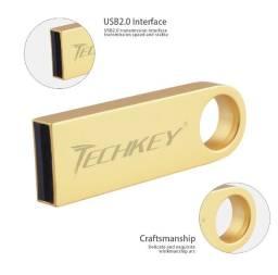 Pen drive Techkey de 32 gb (Com Músicas- Sertanejo, Funk, Forró, Internacionais, etc).