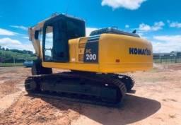 Escavadeira Komatsu Pc 200 2016