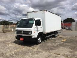 Caminhão Volkswagen Delivery 8-160 2015