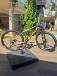 Bicicleta 29 First Athymus XT 11v
