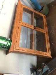 Armário com vidro