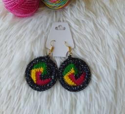 Brinco de Crochê Reggae
