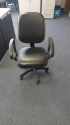 cadeira escritório modelo diretor