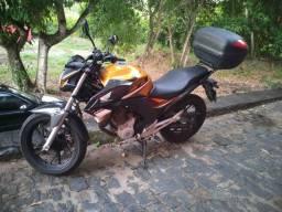 Moto Twister 250