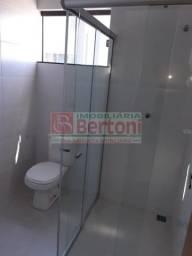 Apartamento para alugar com 3 dormitórios em Centro, Arapongas cod:51767.001
