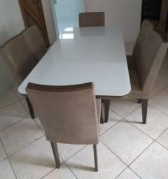 Mesa com 6 caseiras