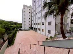 Apartamento 1 Suíte e 1 Quarto, no Centro, Semimobiliado, Portaria 24h, Elevador!