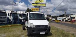 Iveco 35s14 ano 2013