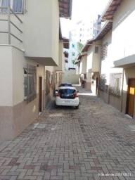 Casa geminada 2 quartos no Palmares