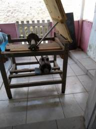 Bancada de serra + mesa pra trabalhos marcenaria