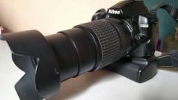 Nikon D3000 + lente 18-135 G + Grip