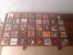 Cd's originais diversos; Sertanejo, Samba, Popular, Pop rock, enfim.