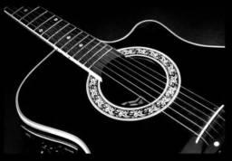 Revisão de violões na Musical brother