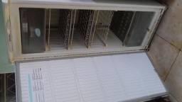 Vendo um freezer geladeira usado