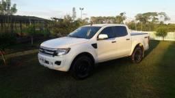 Ranger super conservada 2.2 diesel - 2014