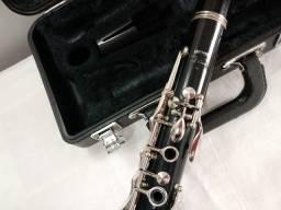 Clarinete Yamaha Original com boquilha B45
