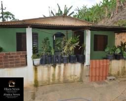 Vendo casa no bairro Arcozelo em Paty do Alferes