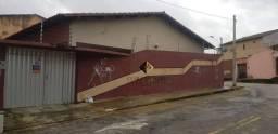 Casa plana na av: Bernardo manoel
