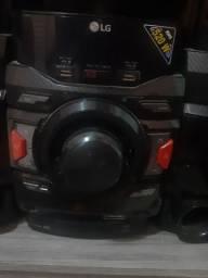 Som LG 520 W